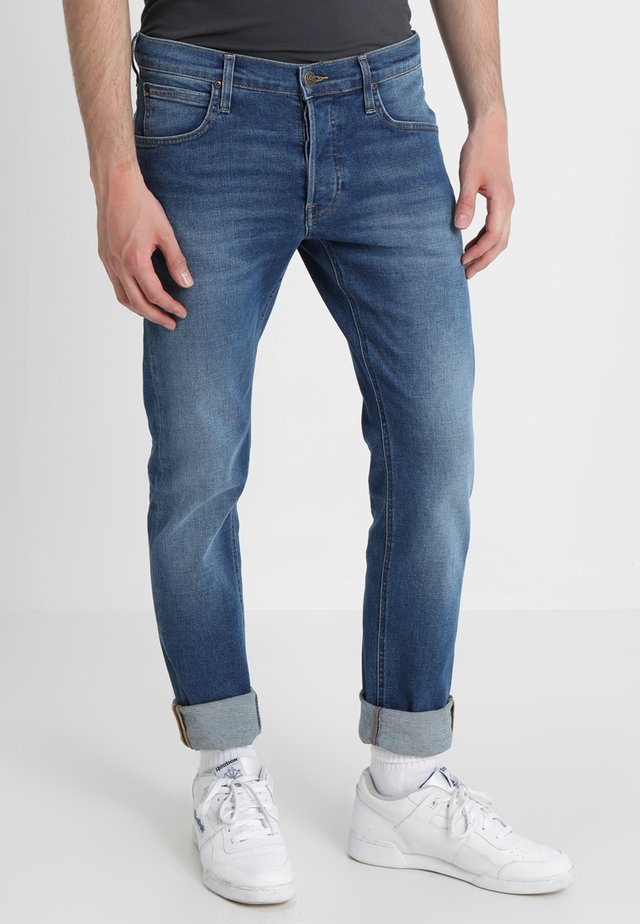 DAREN - Straight leg jeans - blue drop