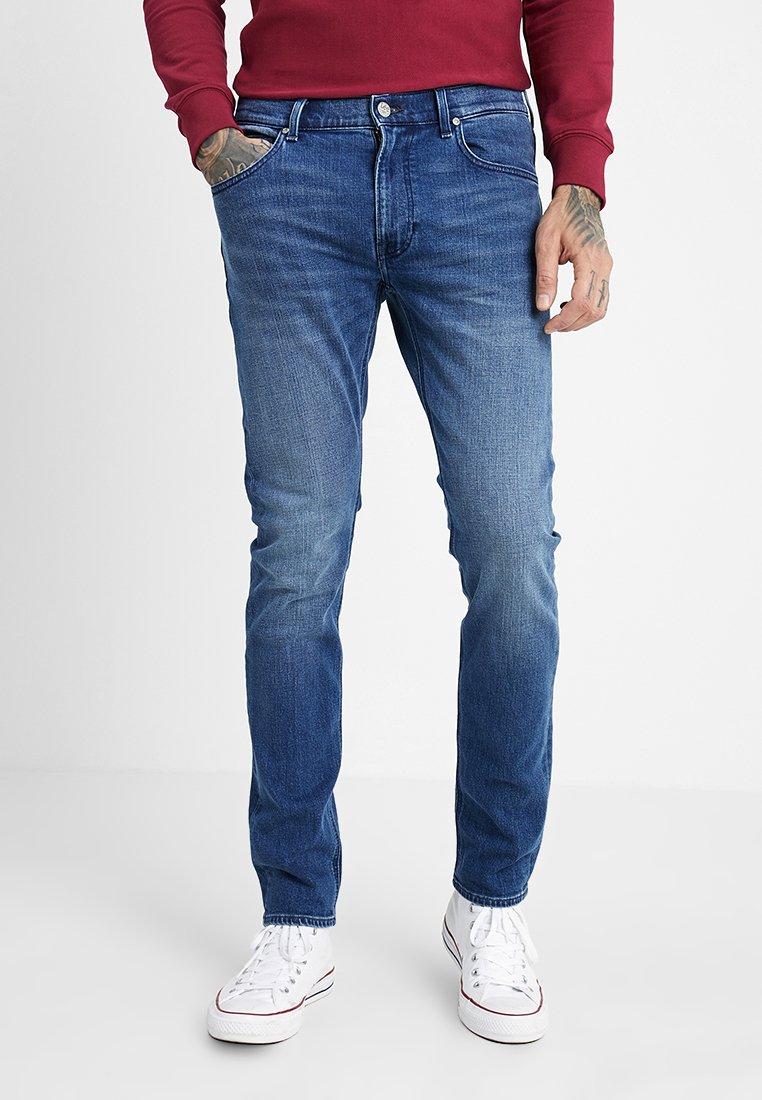 Lee - LUKE ZIP POCKET - Jeans Slim Fit - time out