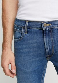 Lee - DAREN ZIP FLY - Jeans a sigaretta - blue used - 5