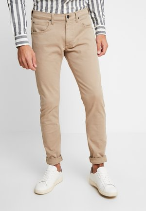 LUKE - Slim fit jeans - timberwolf