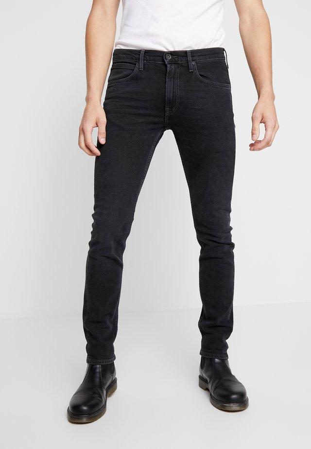 LUKE - Džíny Slim Fit - extreme grey