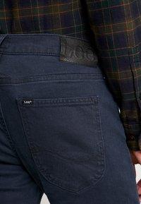Lee - LUKE - Jeans slim fit - mission worn - 5