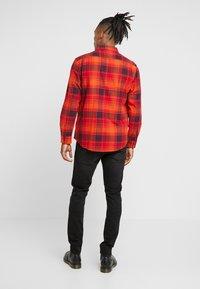 Lee - LUKE - Jeans slim fit - moto black - 2