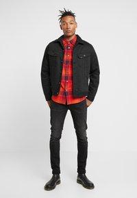 Lee - LUKE - Jeans slim fit - moto black - 1