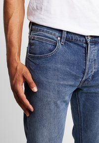 Lee - DAREN - Jeans straight leg - mid tinted - 3