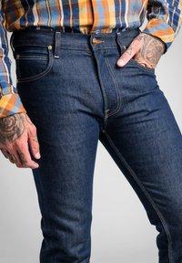 Lee - TIMBER JEAN - Slim fit jeans - clean grey - 4