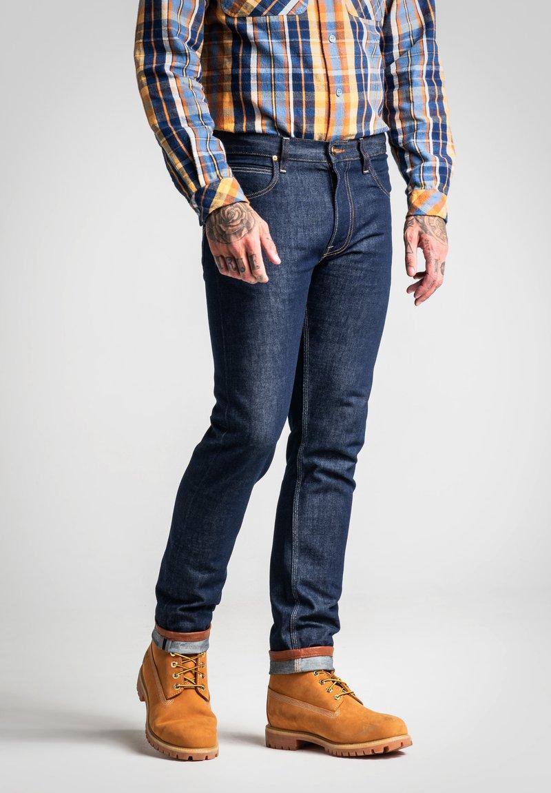 Lee - TIMBER JEAN - Slim fit jeans - clean grey