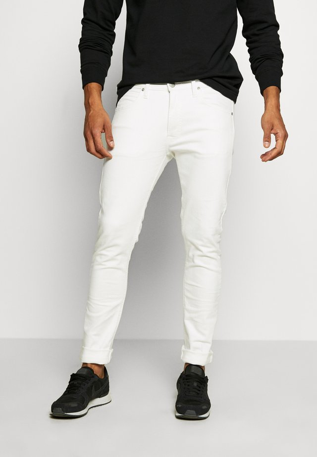 LUKE - Slim fit jeans - off white