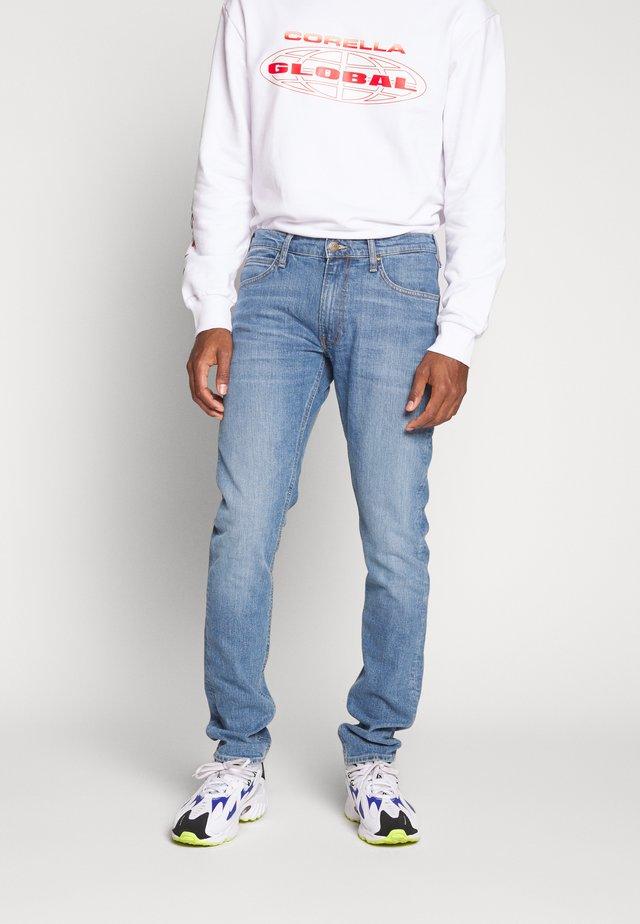 LUKE - Slim fit jeans - lt worn foam