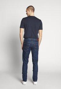 Lee - DAREN ZIP FLY - Jeans straight leg - dark stonewash - 2