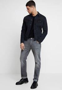 Lee - SLIM RIDER - Kurtka jeansowa - dark raven - 1