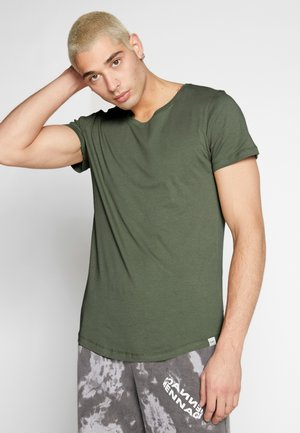 SHAPED TEE - T-shirts - utility green