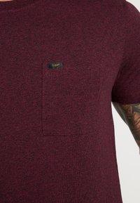 Lee - ULTIMATE - T-shirt basic - burgundy - 5
