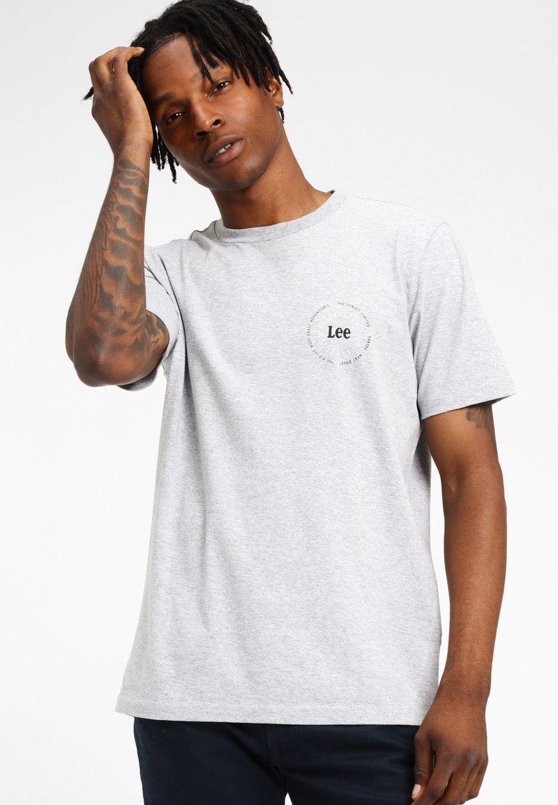 Lee - SUNSET - T-shirt basic - grey