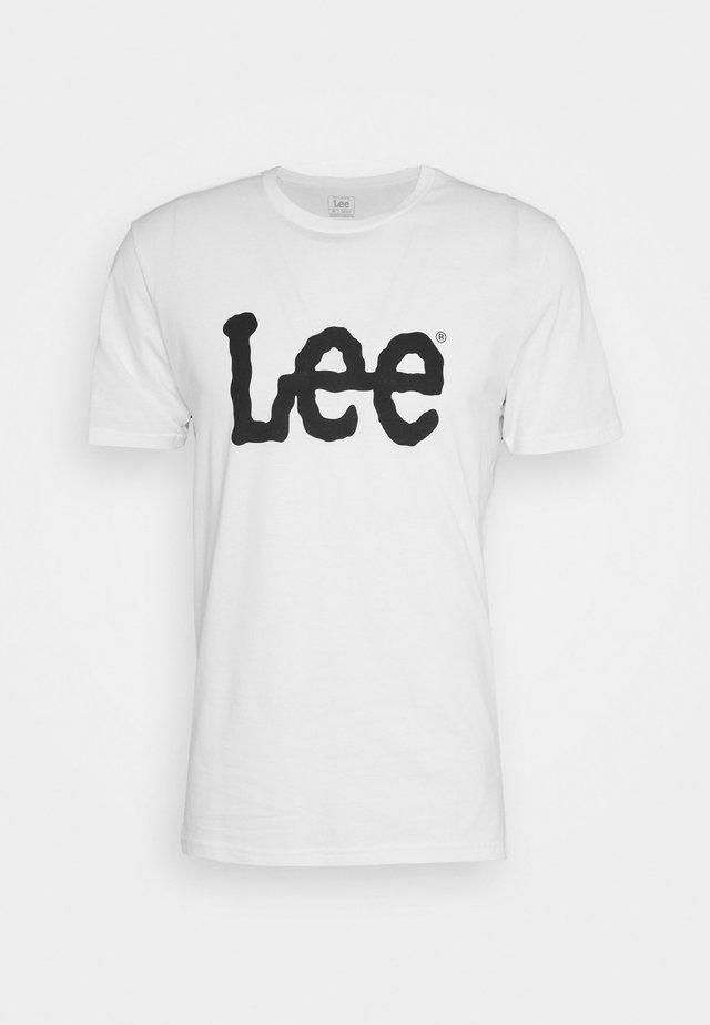 WOOBLY LOGO TEE - T-shirt z nadrukiem - white