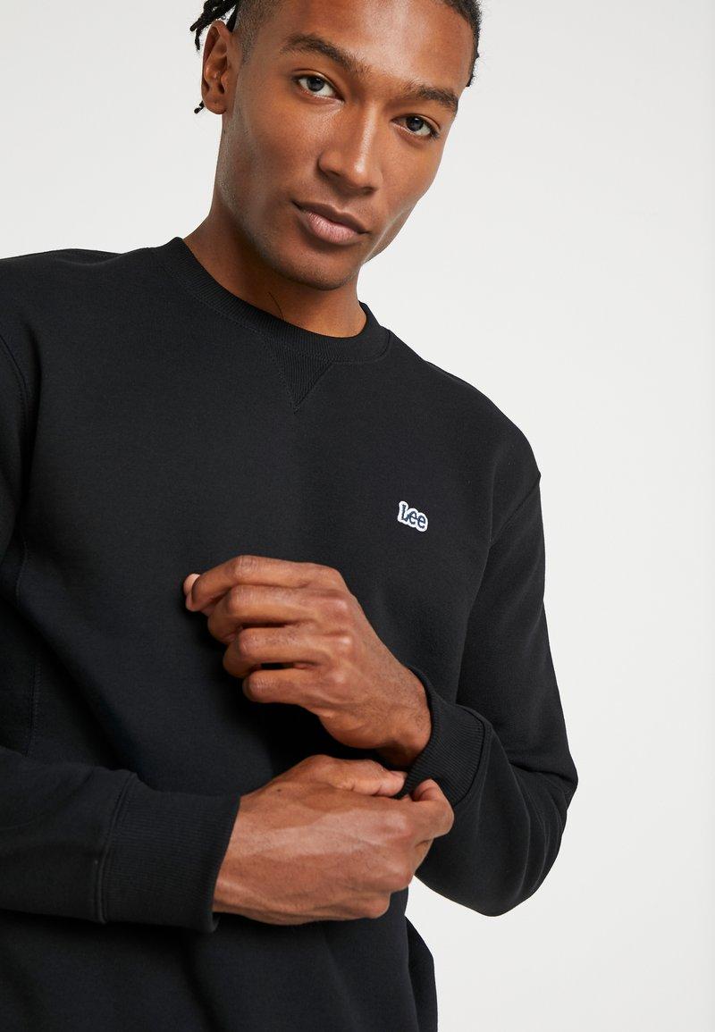 Black Black Lee Black Lee CrewSweatshirt Lee CrewSweatshirt CrewSweatshirt CrewSweatshirt Lee Lee Black Ok80nwPX