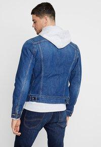 Lee - SLIM RIDER - Giacca di jeans - flick dark - 2