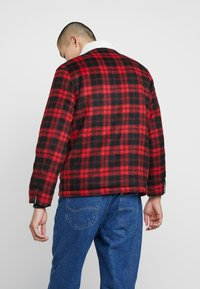 Lee - LOCO SHERPA - Light jacket - warp red - 2