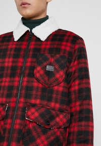 Lee - LOCO SHERPA - Light jacket - warp red - 5
