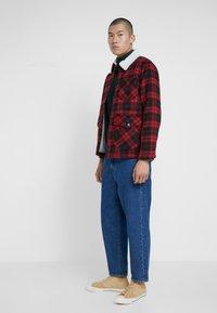 Lee - LOCO SHERPA - Light jacket - warp red - 1