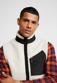 Lee - GILET - Weste - off white - 3