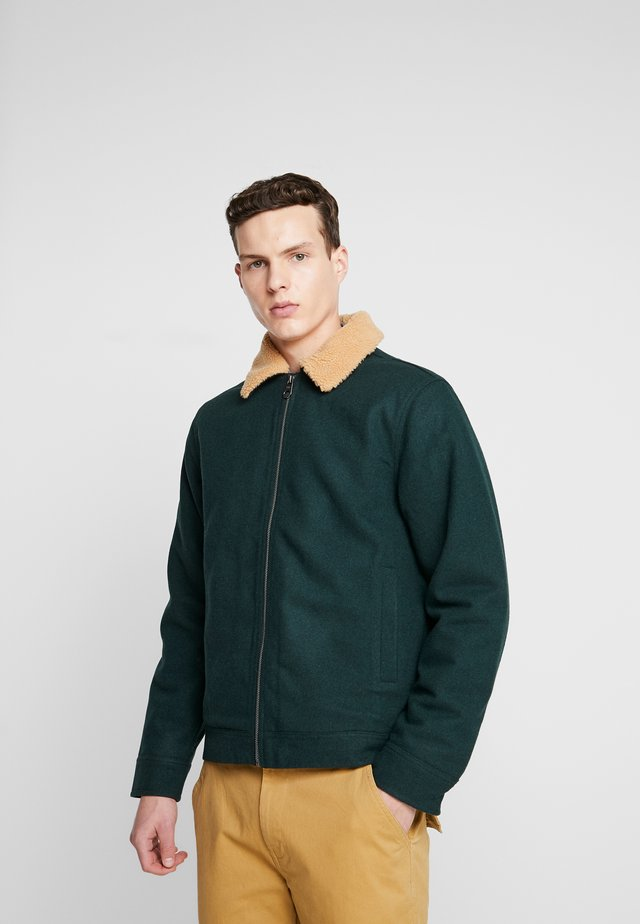 Lehká bunda - bottle green/ecru sherpa