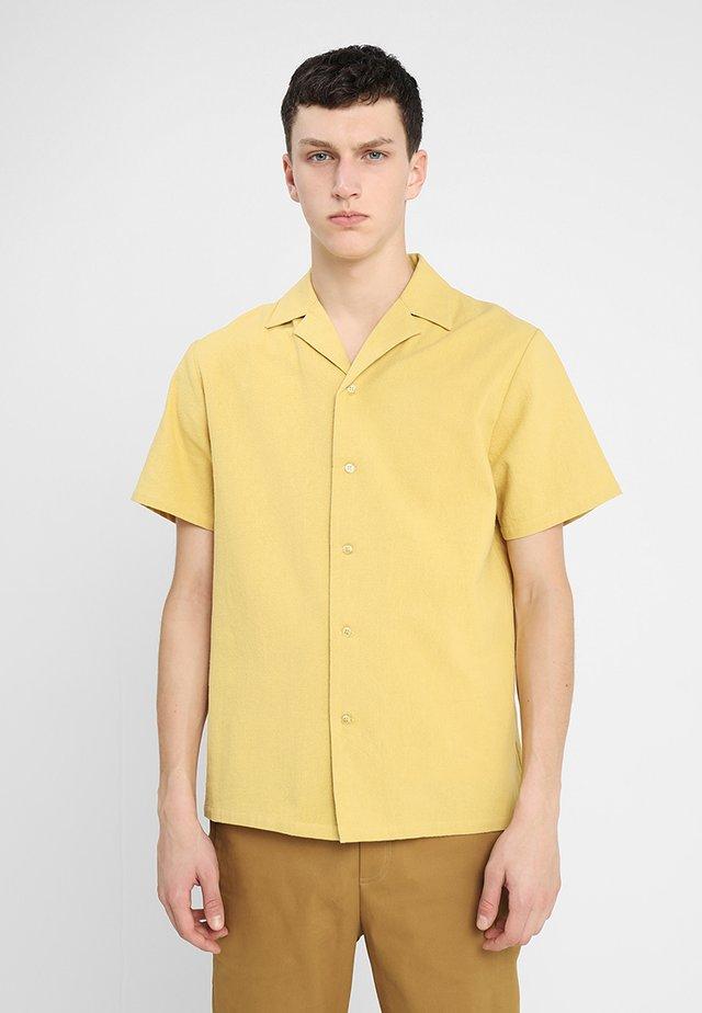 CLARK - Shirt - yellow