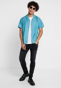 Legends - CLARK - Camisa - turquoise - 1