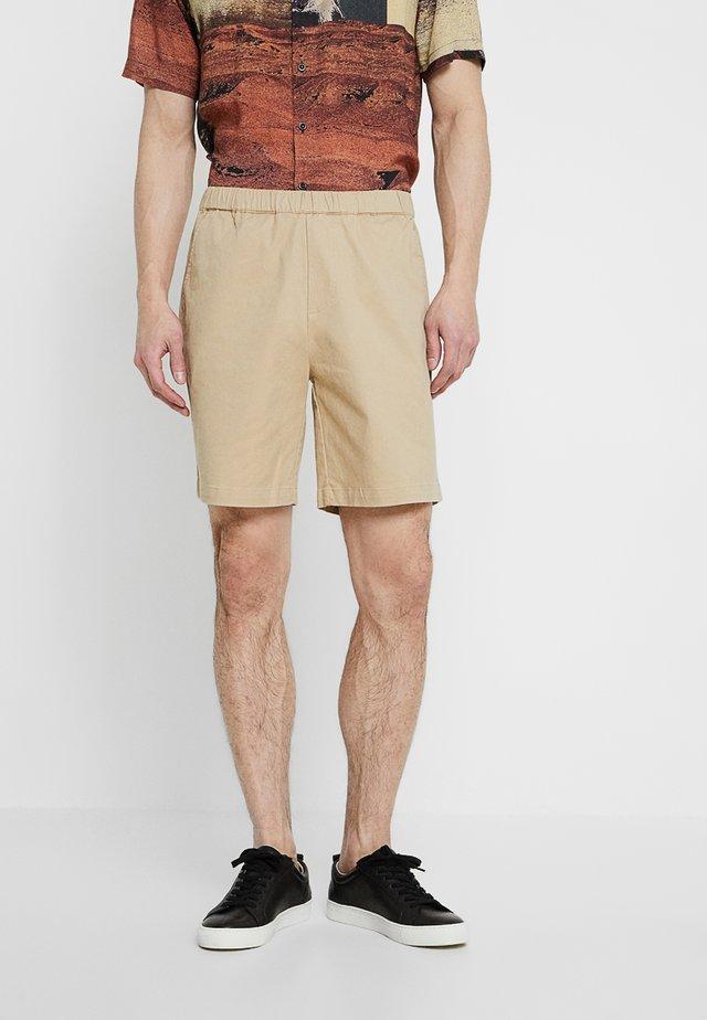 HERMOSA - Shorts - sand