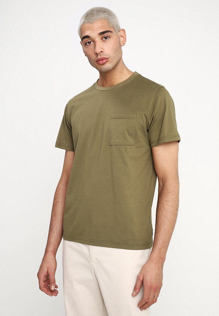Legends - FARO POCKET - Camiseta básica - olive