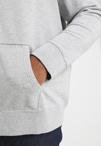 Levi's® Plus - BIG CLASSIC ZIP UP - Felpa aperta - medium grey heather - 5