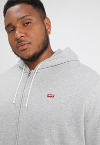 Levi's® Plus - BIG CLASSIC ZIP UP - Felpa aperta - medium grey heather - 3
