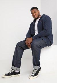 Levi's® Plus - BIG CLASSIC ZIP UP - Zip-up hoodie - dress blues - 1