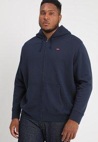 Levi's® Plus - BIG CLASSIC ZIP UP - Zip-up hoodie - dress blues - 0