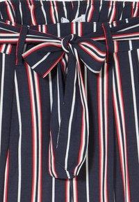 Lemon Beret - TEEN GIRLS - Trousers - navy blazer - 3