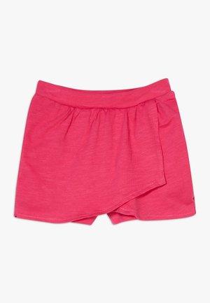 SMALL GIRLS - Shorts - beetroot purple