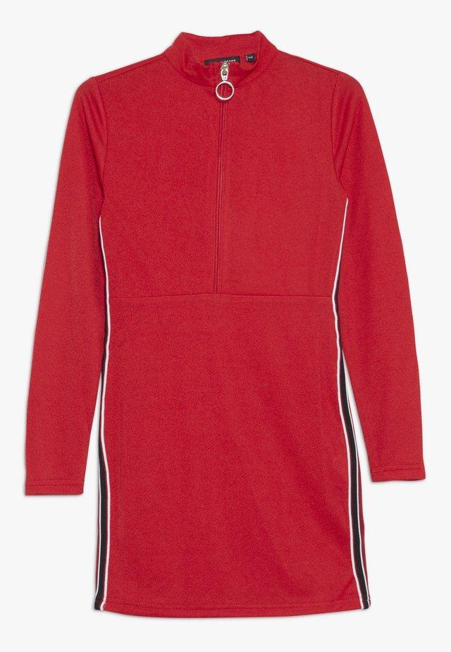 TEEN GIRLS DRESS - Jersey dress - tomato pure