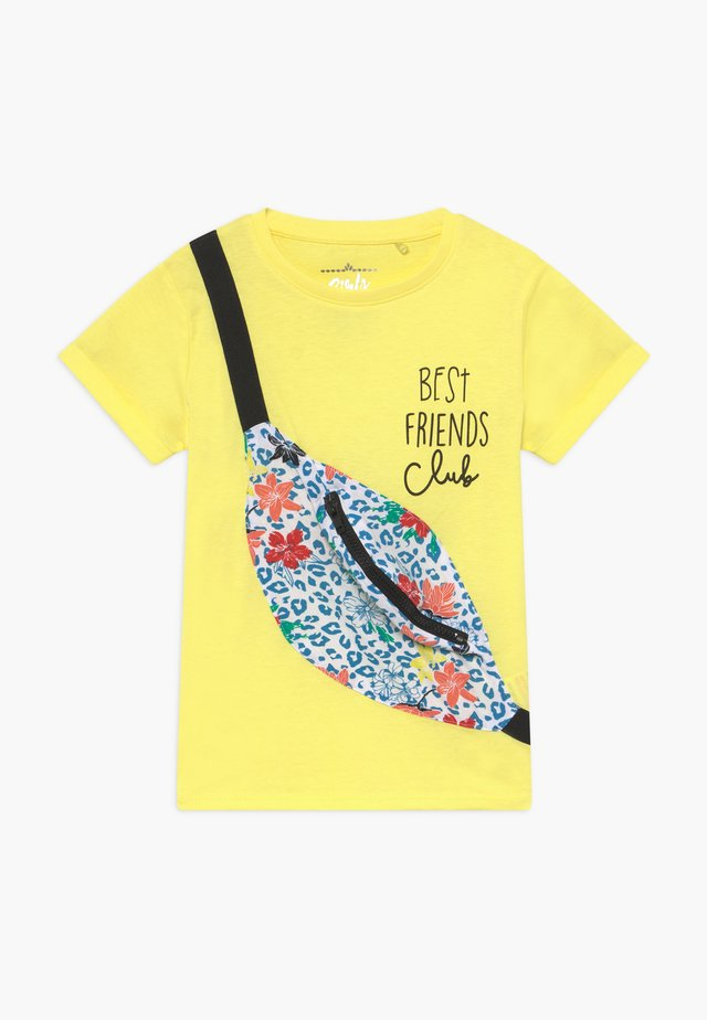 SMALL GIRLS - T-shirt z nadrukiem - limelight