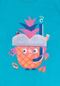 Lemon Beret - SMALL GIRLS - T-shirt print - bachelor button - 3