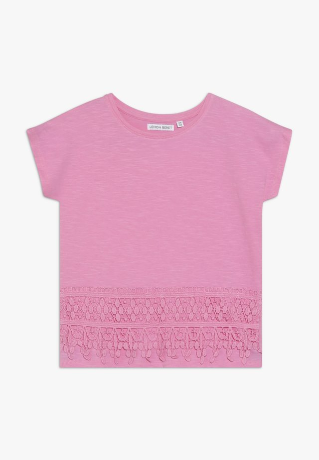 SMALL GIRLS - Print T-shirt - fushia pink