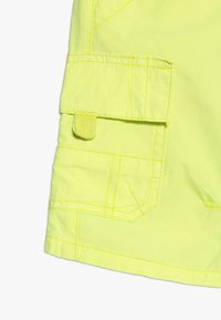 Lemon Beret - SMALL BOYS BERMUDA - Kapsáče - flash yellow - 2