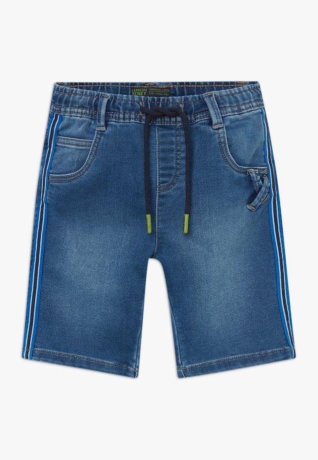 SMALL BOYS BERMUDA - Jeans Shorts - blue