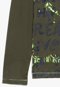 Lemon Beret - TEEN BOYS - Langarmshirt - olive night - 2