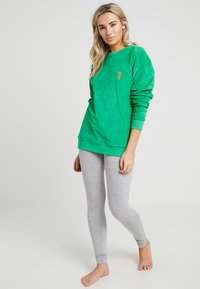 Les Girls Les Boys - TERRY CREW NECK - Maglia del pigiama - green - 1
