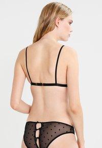 Le Petit Trou - JUDITH - Triangle bra - black - 2
