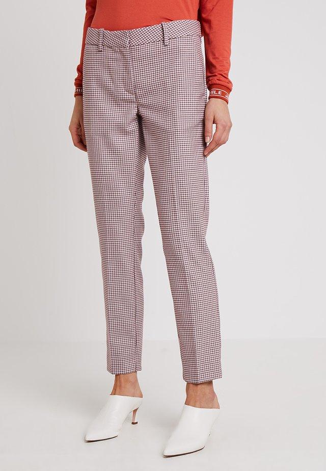 ELINA - Pantalon classique - pink combi