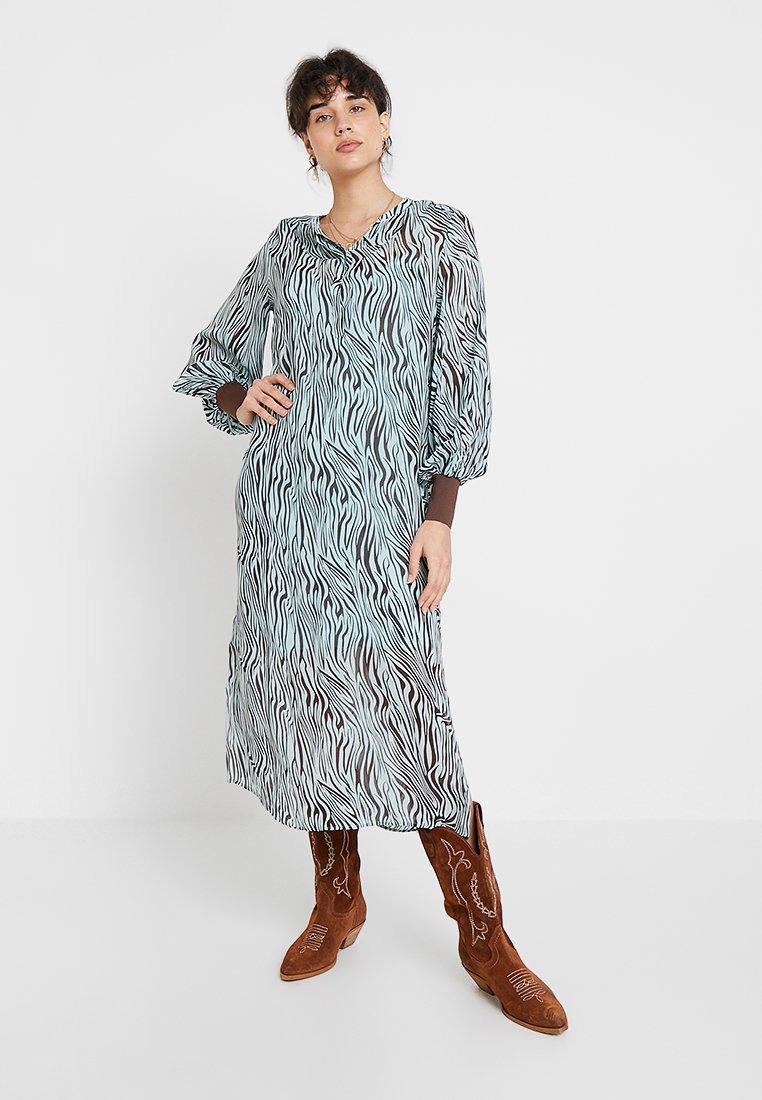 Levete Room - FELICITY - Vestido largo - mint combi
