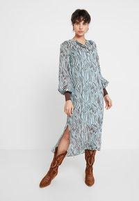 Levete Room - FELICITY - Vestido largo - mint combi - 1