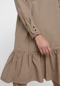Levete Room - GRACIE - Vestido informal - dachshund combi - 5
