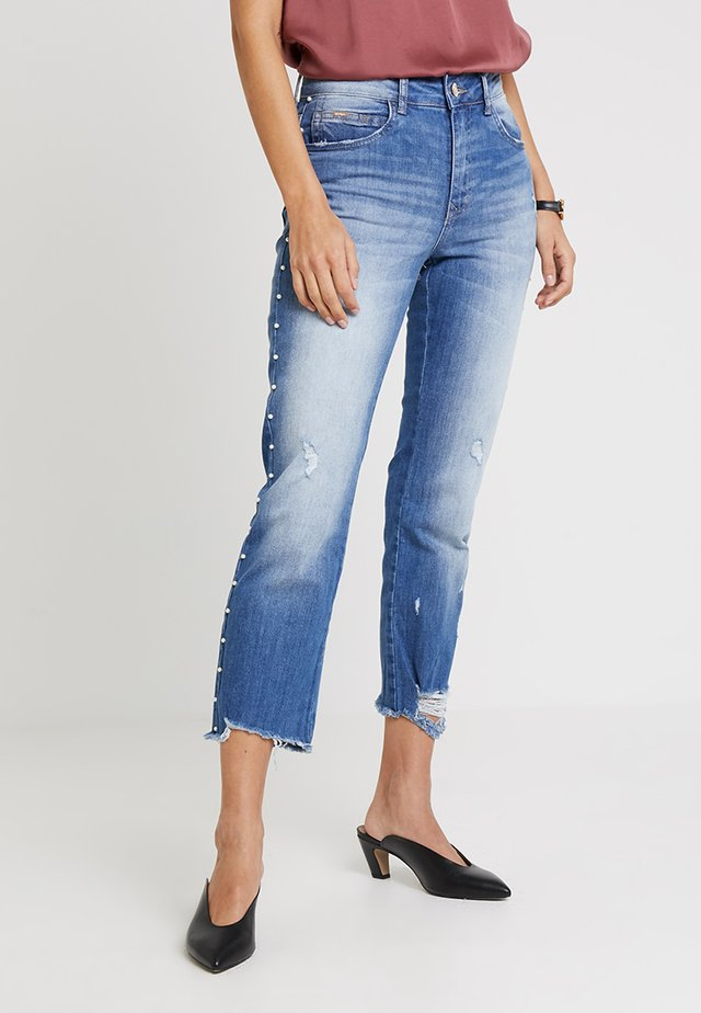 CALCA - Slim fit jeans - blue denim
